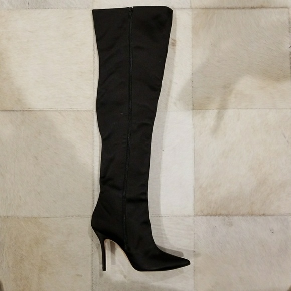 89b4276df19 Manolo blahnik sexy boot